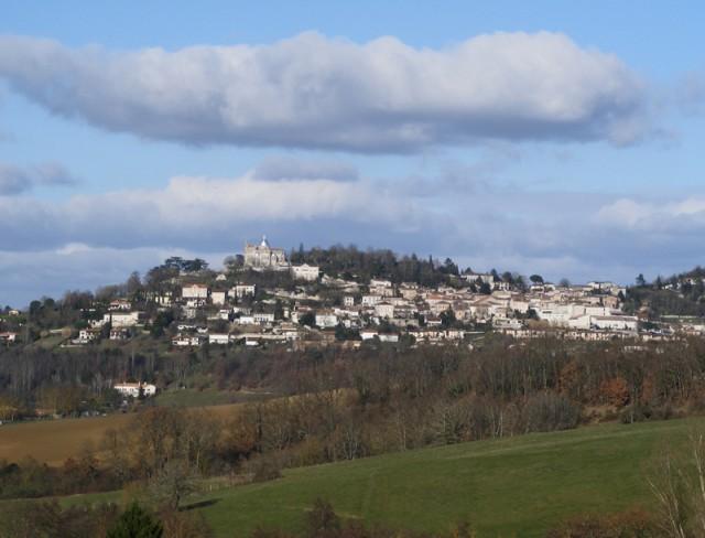 The picture postcard village of Penne d'Agenais