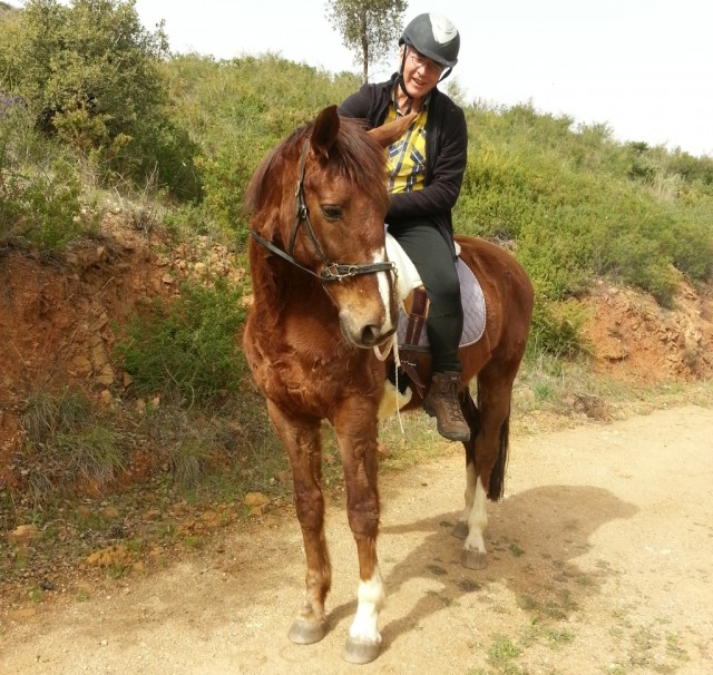 Riding while relying on connection: an act of mutual trust